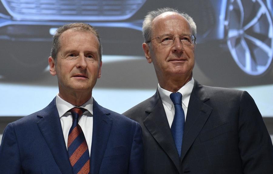 Moteurs truqués : deux hauts dirigeants de Volkswagen évitent un procès